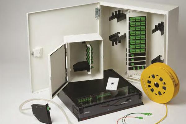 Fibra óptica, redes de fibra óptica pasiva, telecomunicaciones, cableado / optical fiber, enclosure, telecommunication, cabling, passive optic LAND